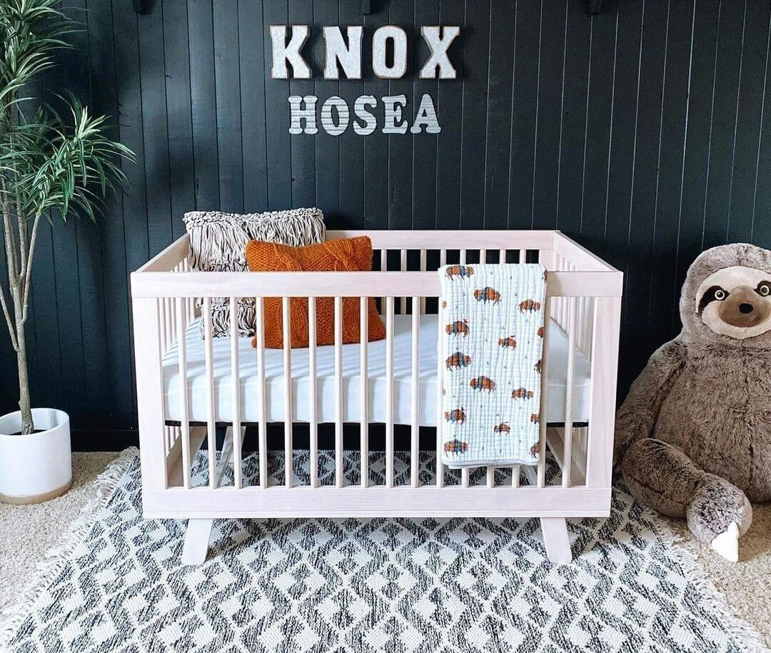 How-Much-Weight-Can-A-Crib-Hold